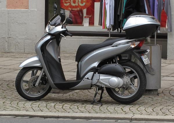 honda sh125i 2009